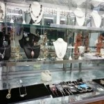 necklace display 3